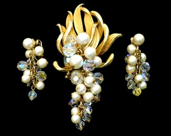 Waterfall Pearls & AB Crystal Brooch Earrings Set, Aurora Borealis Crystals, White Pearls, Shoulder Dusters, Easter Jewelry, Gift For Her