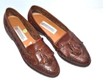 Vintage designer Bandolino leather brown shoes woven moccasins fringe tassle flats hippie urban penny Loafers 7 1/2M Made in Brazil