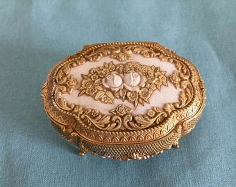 Vintage Rococo Style Dresser Trinket Box ~ Ring Box ~ Jewelry Box