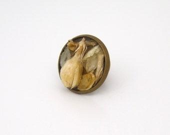 Dried Jasmine Flower Antique Bronze Tie Pin Tack