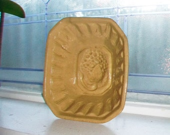 Large Yellowware Pudding Mold Antique 1800s Stoneware Yelloware