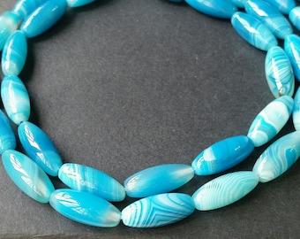 Pastel Blue Banded Agate  / Rice Bead Shape (t.in / ah)(daoyu 001)