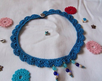 Handmade Crochet Flower Necklace. Crochet Necklace.