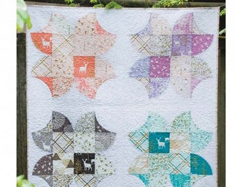 The Breeze Blossoms Quilt Pattern by Violet Craft