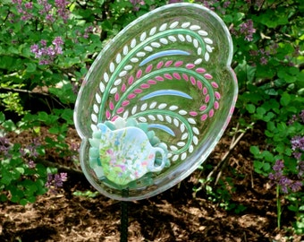 Yard Sun Catcher, Handmade Glass Flowers, Garden Yard Art and outdoor Garden sun catcher with recycled glass