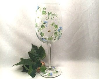 Painted personalized wine glass for mom sister grandma best friend bridemaid godmother aunt sister in law etc