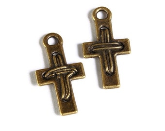 Antique brass cross pendant - antique brass cross charm - 22mm x 12mm - Lead free - Nickel free - 5 pieces (1691) - Flat rate shipping