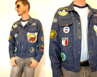 Legendary 60s 70s vintage denim Jean jacket with patches size M