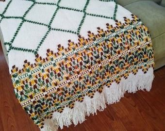 Vintage Blanket // Large throw Modern Ski Lodge Pattern Sweater Pattern in Fall Colors