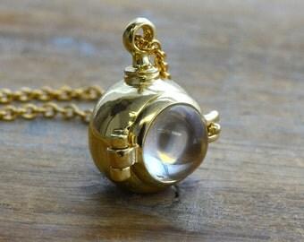 1 - Magnifying Capsule Locket Necklace Glass Bubble GOLD Hinged Locket  Keepsake Locket Shadow Box Vintage Jewelry Supplies (BC093)