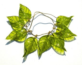 SUPPLY: 10 Large Lime Green Glass Leaf Charms - Embedded Brass Wire Glass Drops - (4-D3-00003574)