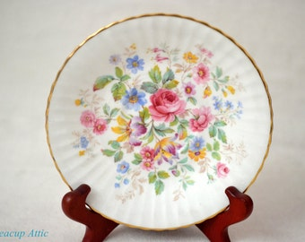 Paragon Queen's Garden Replacement Saucer, English Bone China Replacement Dinnerware, ca. 1963