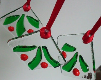 Set of 3 Holly Christmas Tree Decorations or Holiday Suncatchers in Fused Glass - Three holly designs in green and red