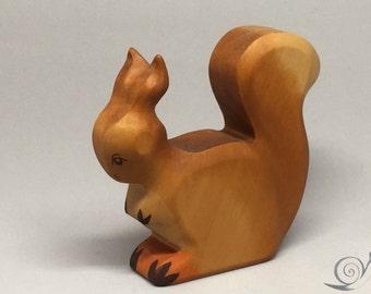 Toy Squirrel wooden brown mother sitting Size: 10,5 x 9,0 x 2,0 cm (bxhxs)  approx. 65,5 gr.