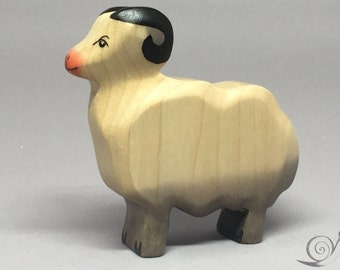 Toy Ram Sheep wooden white grey pink colourful - standing with heads up Size: 8,5 x 8,0 x 2,0 cm (bxhxs)  approx. 49,5 gr.