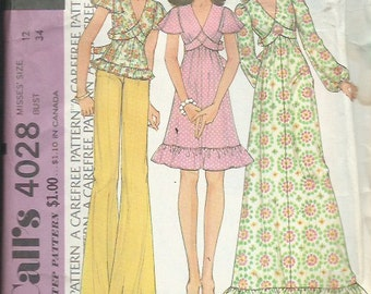 "Vintage McCall's 4028 Sewing Pattern ""Carefree"" Misses Dress or Top (1974)"
