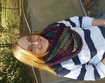 Super chunky super soft cowl scarf infinity mulberry greens purple