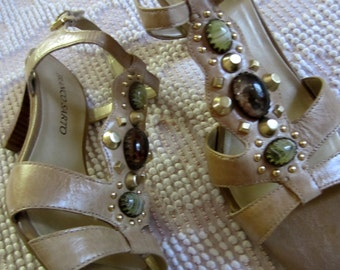 Jewelled T-Strap Heels Open Toe Pumps Tan Shoes Sandals by Designer Franco Sarto size 7