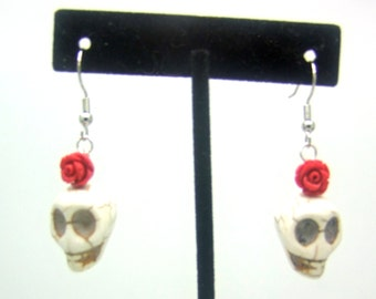 Dangle Beaded Earrings, Skull Earrings, Howlite Earrings, Dia de los Muertos Earrings, Day of the Dead Earrings, Rose Earrings, Red Earrings