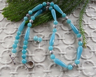 27 Inch Faceted Aquamarine Quartzite Teardrop and Silver Necklace with Earrings