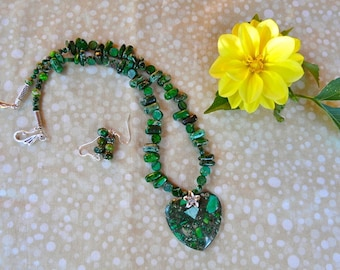 20 Inch Green Sea Sediment or Imperial Jasper Heart Necklace with Earrings