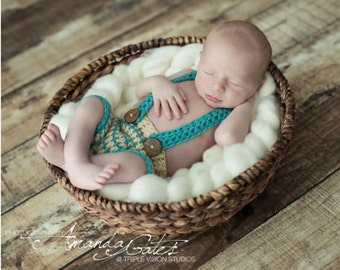 Newborn Striped Shorts with Suspenders Crochet Photo Prop