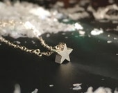 TWINKLE : sterling silver tiny star charm dainty necklace