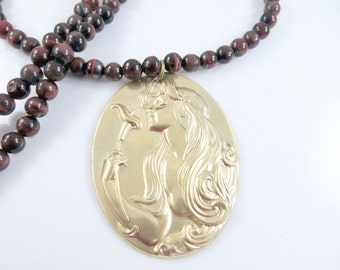 Clearance - Golden woman beaded necklace