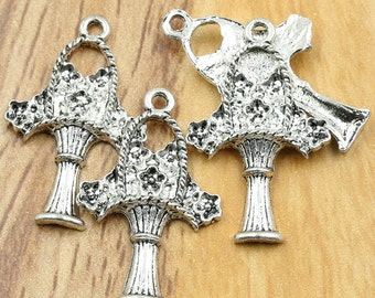 5 Flower Charms, Basket Charms, Antique Silver Tone 27 x 17 mm U.S Seller - ts798