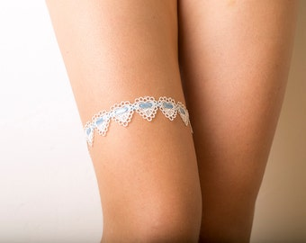 Bridal interwoven lace garter set, Wedding hearts garter set