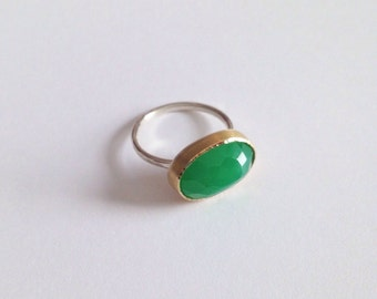 18k gold and sterling silver chrysoprase ring
