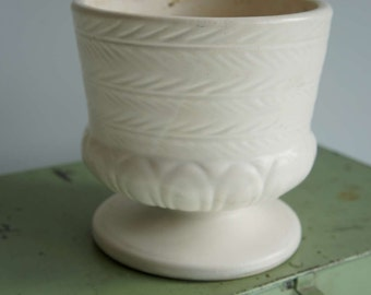 Vintage Hull Pottery Vase Mid Century Modern White Art Pottery Vase Footed Bowl