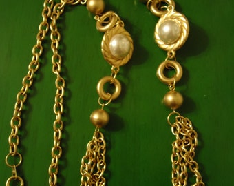 Vintage 1990s Boho Golden String of Pearls