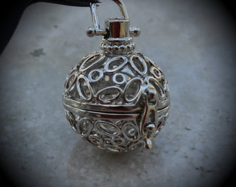 Round Filigree Design Prayer Box Locket in Silver Plated Three Dimensional Pendant Charm C10
