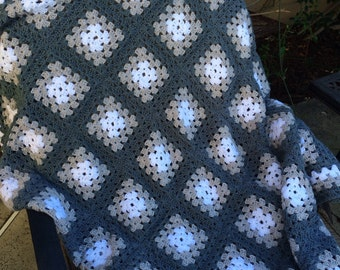 Crocheted mutli colored gray grannie square afghan