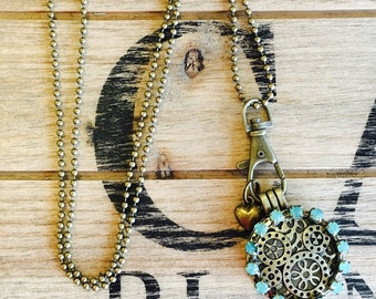 Essential oil diffuser necklace- scent diffusing jewelry-antique gold locket