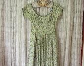 1950s Green Floral Swing Dress 50s Sundress Dress Pin Up VLV Retro Rockabilly
