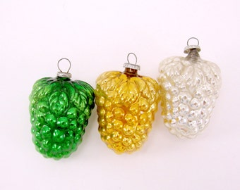 Vintage Figural Mercury Glass Grape Cluster Christmas Holiday Ornaments Japan Set Of Three