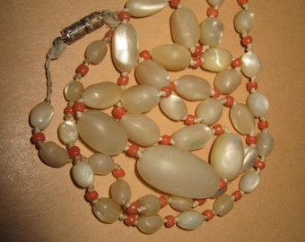 Ancient nacre mother of pearl coral necklace l.18,3 cm