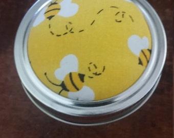 Sweet bees pincushion jar