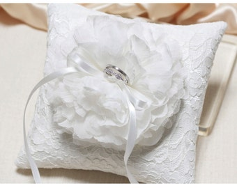 Lace ring pillow, ring pillow, ring bearer pillow, lace ring pillow, bridal ring pillow, wedding ring cushion
