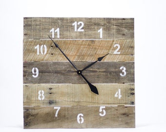 LARGE Reclaimed Pallet Wood Wall Clock (Natural)
