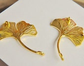 10 pcs  alloy plated  gold  leaves   pendant finding