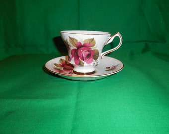One (1), Bone China, Tea Cup and Saucer, from Royal Windsor, in the X 2441/89 Pink & Red Rose Pattern