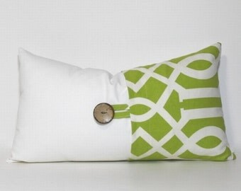 Decorative Button Pillow Cover. Apple green & cream. Coconut button. Geometric Sedro print. Sofa pillow. Couch pillow. Home decor accent
