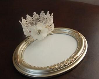 Newborn Vintage Crown with single flower, Newborn Crown, Newborn Props, vintage crowns, Crowns