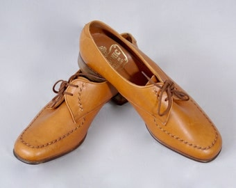 NOS Unworn Vintage 1970s Tecnic Made in England Real Leather Ladies Oxford Brogues Lace Up Tie Shoes 6.5 UK 8.5 US