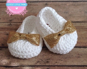 White Crochet Baby Booties, Gold Bow Crochet Booties, Baby Girl Booties, Baby Shower Gift, Shoes