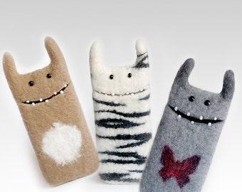 iPhone 5 felt cases, Monster cases, wool phone case, wool mobiles cover, custom order, eco-friendly, phone cases monster,  gift