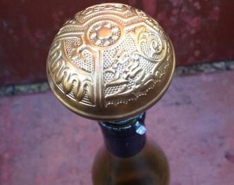 Antique ornate designed bronze finished door knob wine stopper